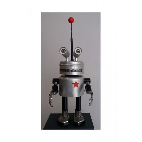 Robot H53cm L19cm P 19cm. Titre: le combattant.