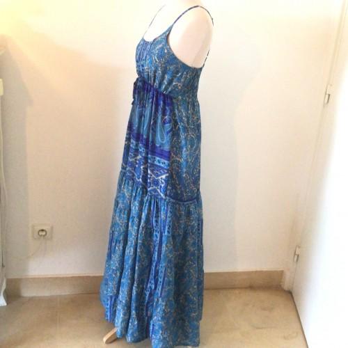 Robe longue en soie taille 38
