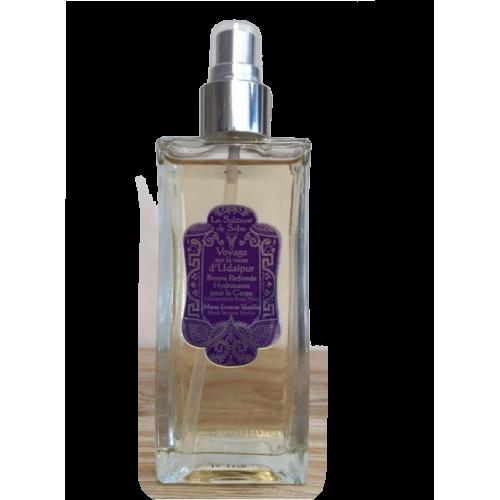 Brume parfumée hydratante pour le corps